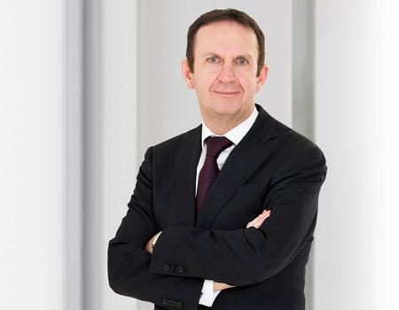 Henkel'e yeni CEO