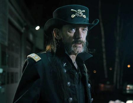 Lemmy Kilmister ile süte teşvik