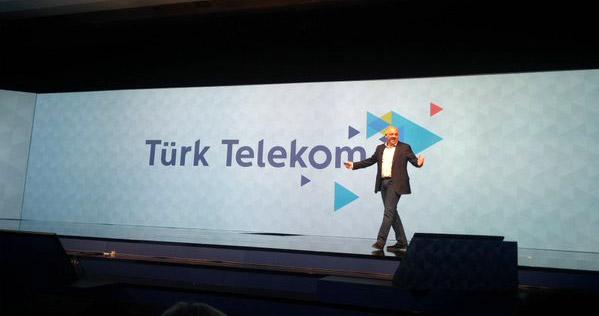 Türk Telekom kurumsal kimliğini yeniliyor