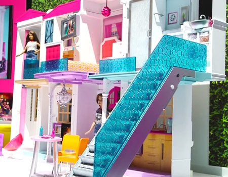 Barbie'nin rüya evi artık akıllı