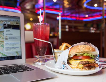 MediaCat ve Yemeksepeti'nden reklam ajanslarının fazla mesai sofraları