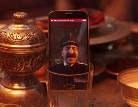 Vodafone'dan gönül telini titreten hasretlere