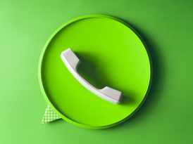 Facebook WhatsApp'i marka mesajlarına açmaya hazırlanıyor