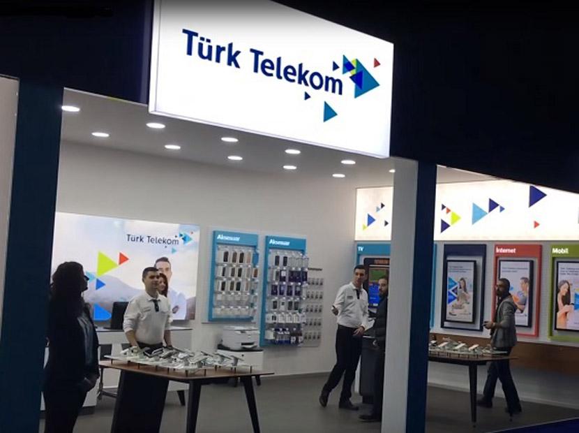 Türk Telekom yönetiminde iki istifa