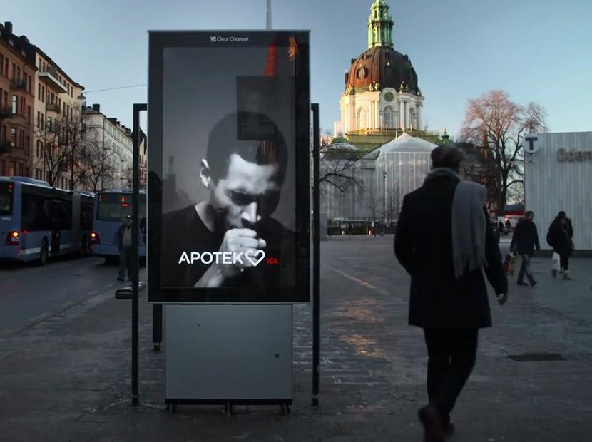 Dışarıda sigaranızdan rahatsız olan bir billboard var