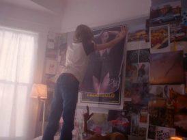 Bella Hadid, 1980'lerin poster kızına dönüşünce