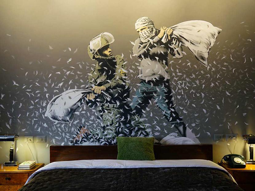 Banksy'den otel dekorasyonu