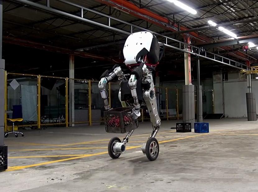 Google'dan engelleri aşan yeni robot
