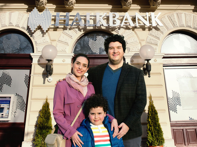 Önüm arkam sağım solum Halkbank