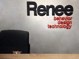 Renee'ye yeni müşteri