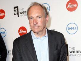 Bilişim dünyasının en prestijli ödülü Sir Tim Berners Lee'nin