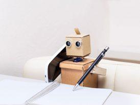 Daha yetkili bir robotla konuşmak istiyorum