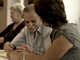Alzheimer hastalarını unutmayın