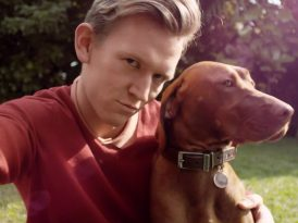 Köpeklerle selfie çekmenin en kolay yolu