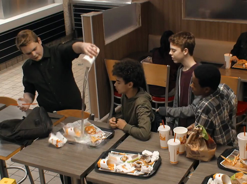 Burger King'den zorbalık karşıtı çağrı