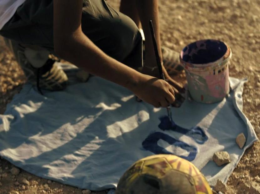 """Mülteci çocuklara """"güzel oyun"""" hediyesi"""