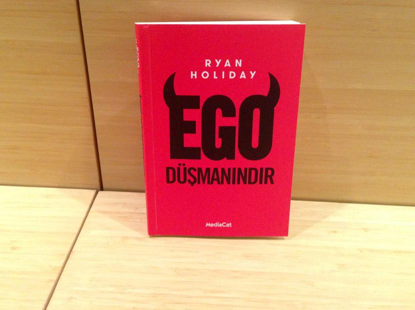 En iyi hikâyeci egoyla tanışın