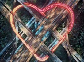 Markalardan Sevgililer Günü serenatları