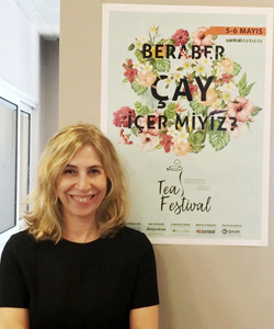 """""""Türk gençliğini çaya çekmek istiyoruz"""""""