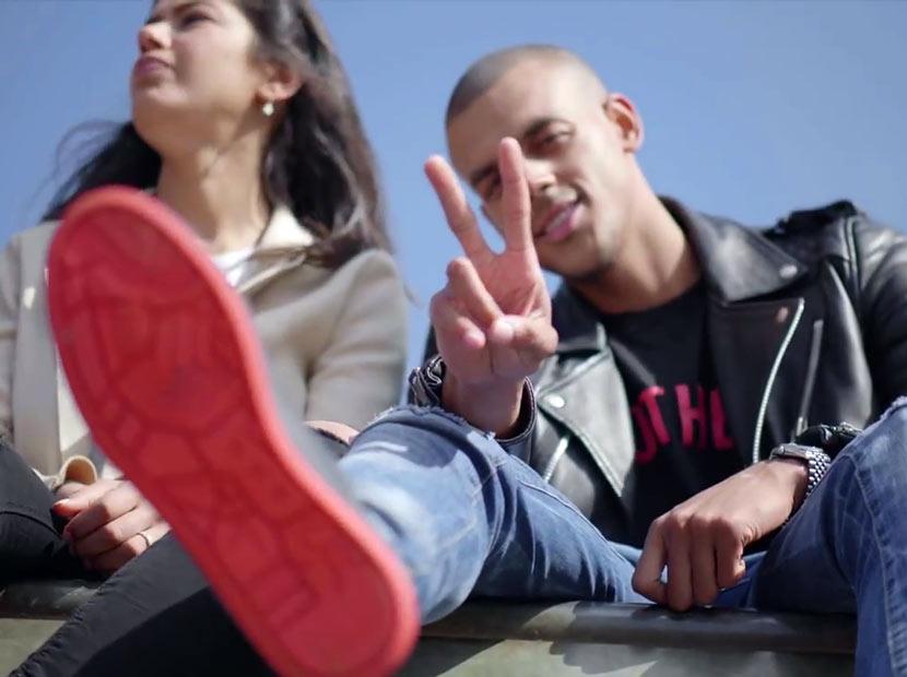 Çiğnenmiş sakızlardan üretilen bir ayakkabı