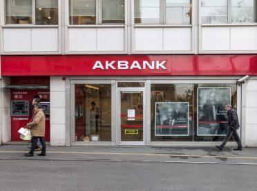 Akbank yeni iletişim ajansını seçti