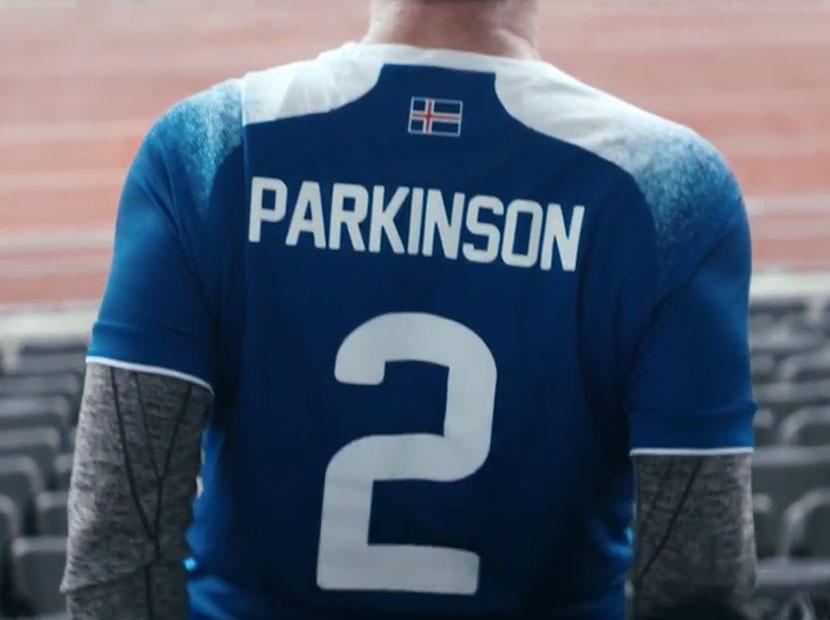 İzlandalı futbolculardan parkinson hastalarına destek
