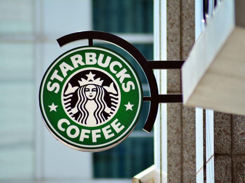 Starbucks İtalya'ya İtalyanlardan yorumlar