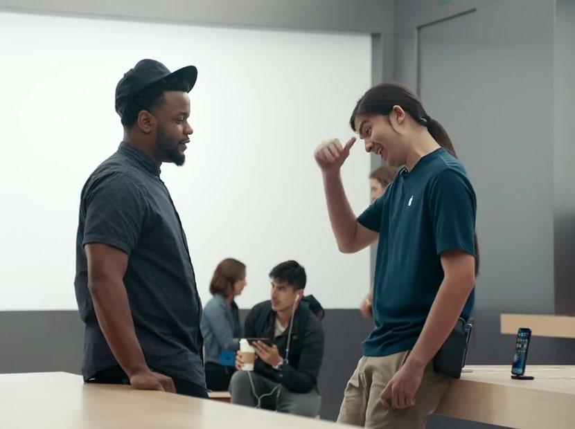 Samsung'tan Apple'a zor sorular
