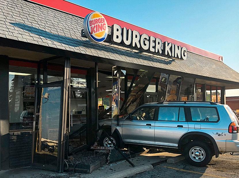 Gerçek araç kazaları Burger King kampanyasında