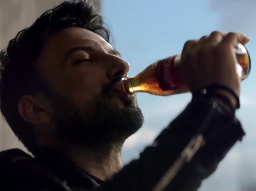 Tarkan Coca-Cola ile kıpır kıpır