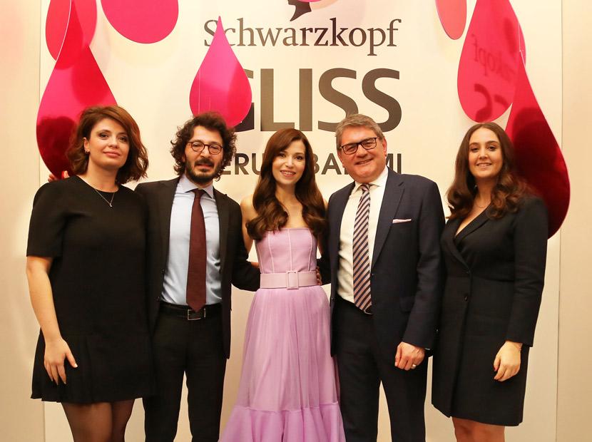 Gliss'in marka elçisi Selma Ergeç