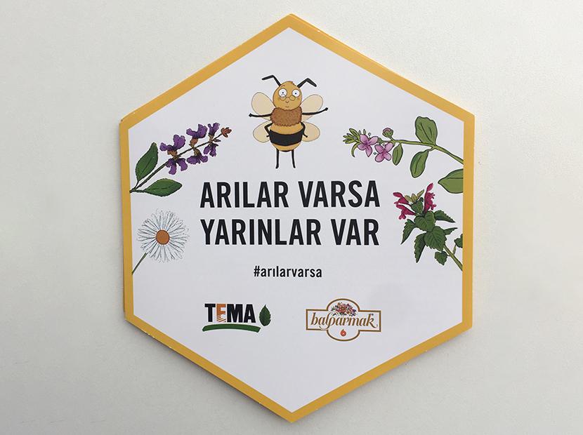 """Balparmak """"Arılar Varsa Yarınlar Var"""" diyor"""