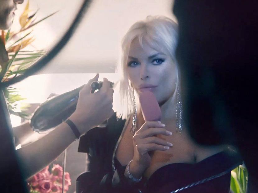 Magnum'un yeni reklam yüzü Ajda Pekkan-01