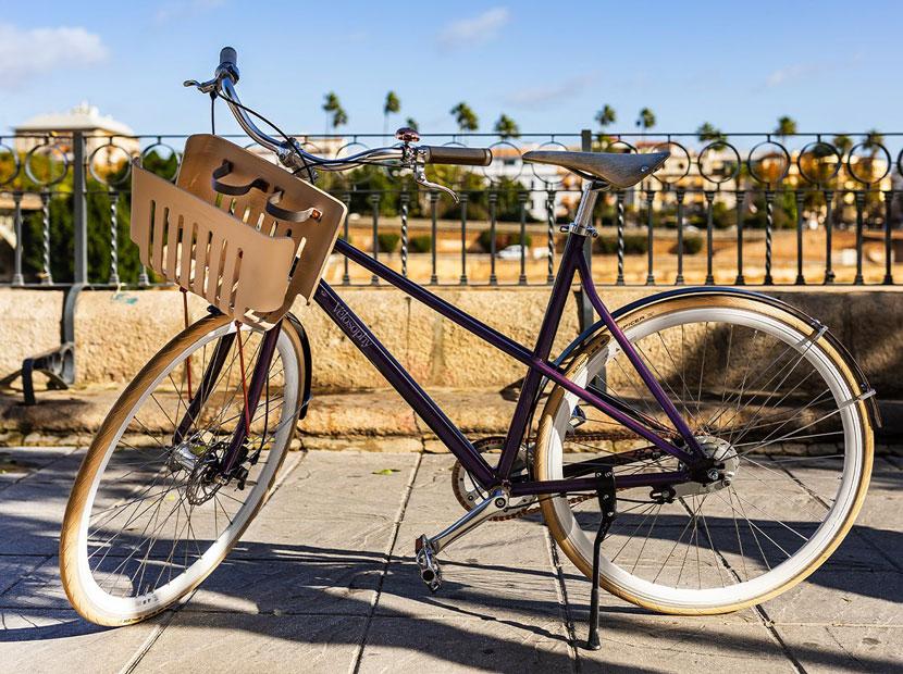 Kahve kapsüllerinden bisiklete