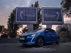 Gürültü kirliliğini geridönüştüren billboard