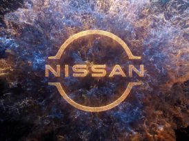 Nissan logosunu yeniledi
