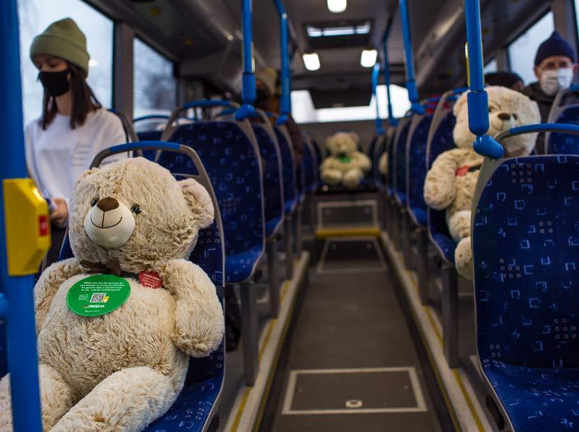 Toplu taşımada sosyal mesafenin sevimli güvencesi