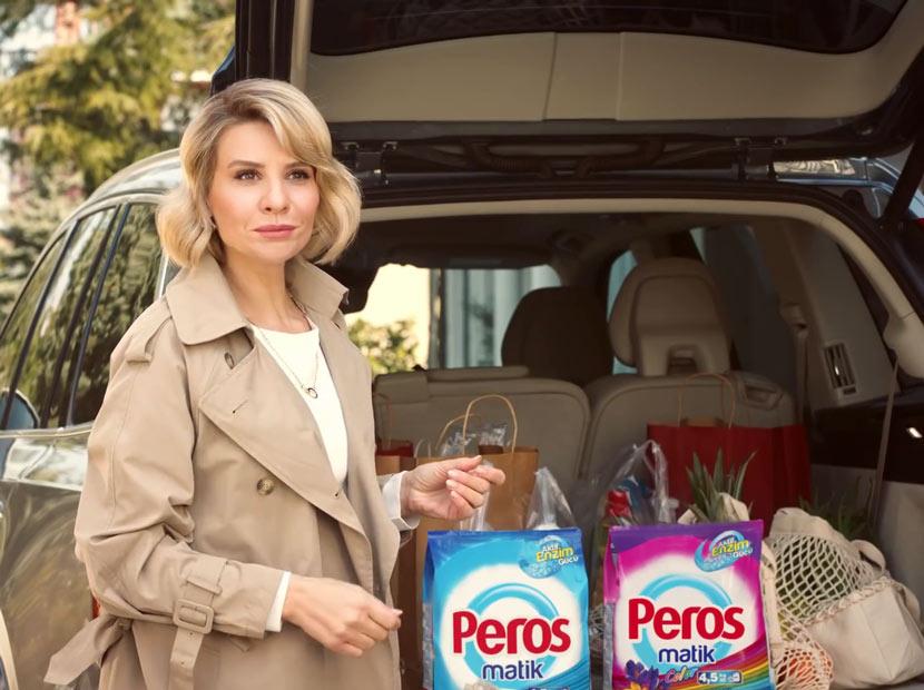 Peros'un yeni reklam yüzü Esra Erol