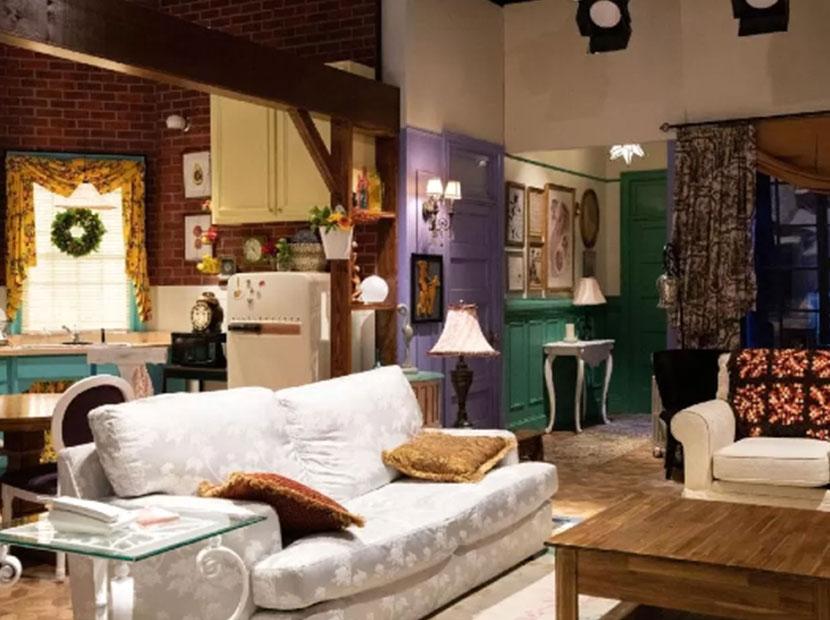 Rachel ve Monica'nın dairesi Booking'de