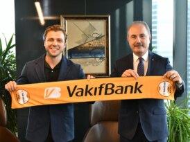 VakıfBank'ın yeni marka yüzü Tolga Sarıtaş