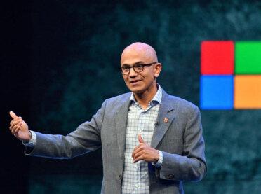Microsoft'a yeni başkan