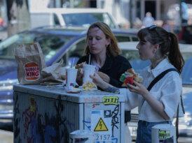 Burger King'den medeniyete dönüş çağrısı