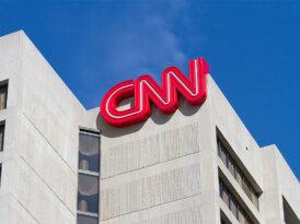 CNN'den aşısız çalışanlarına yaptırım